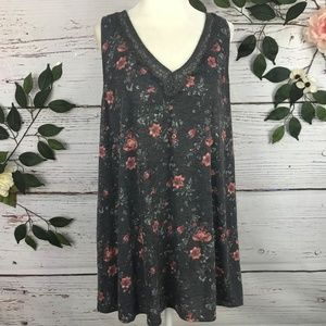 TORRID 2 Floral Gray lace Tank Top